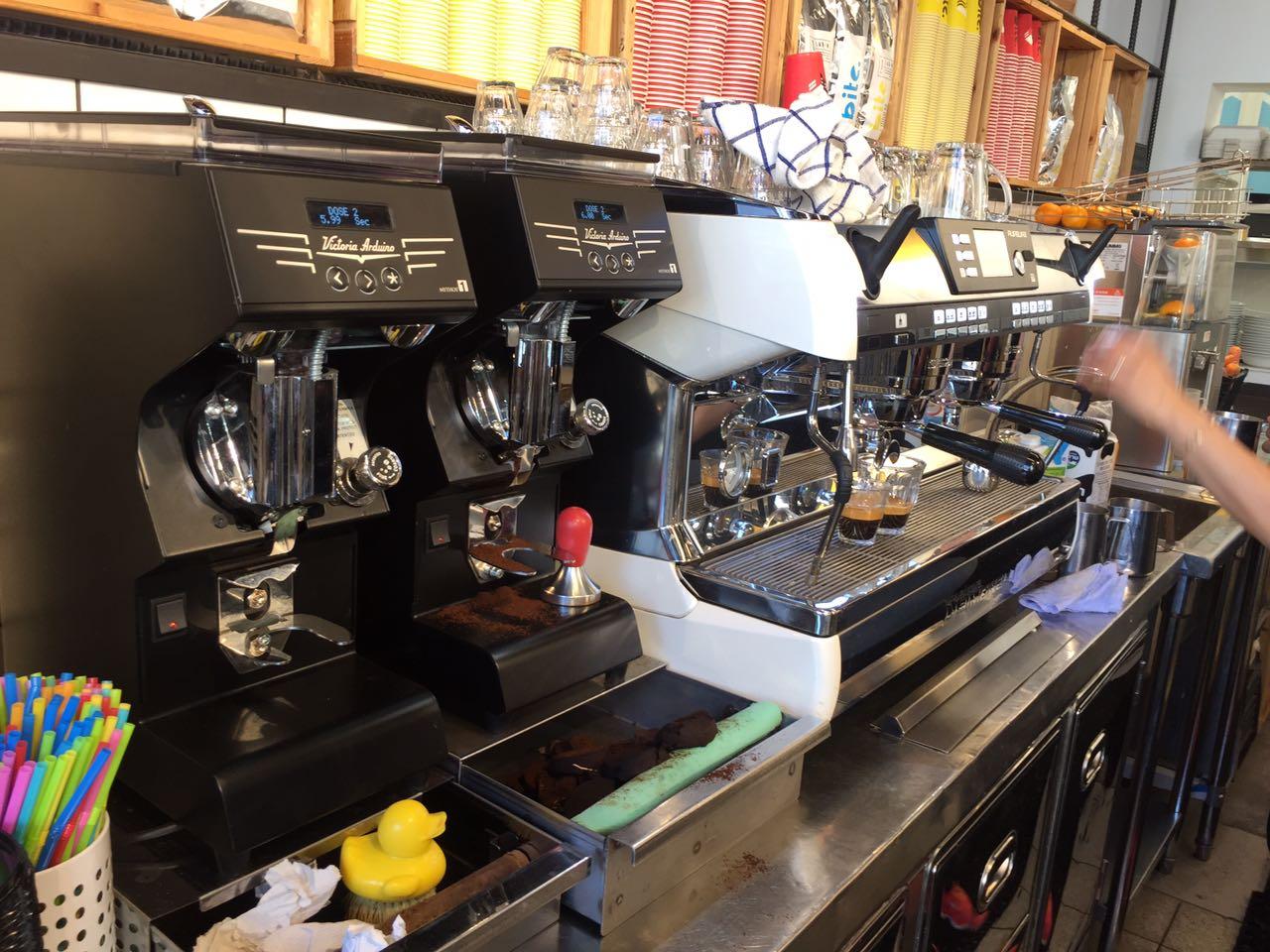 מכונות שהורכבו באיטליה במיוחד עבור הקפה