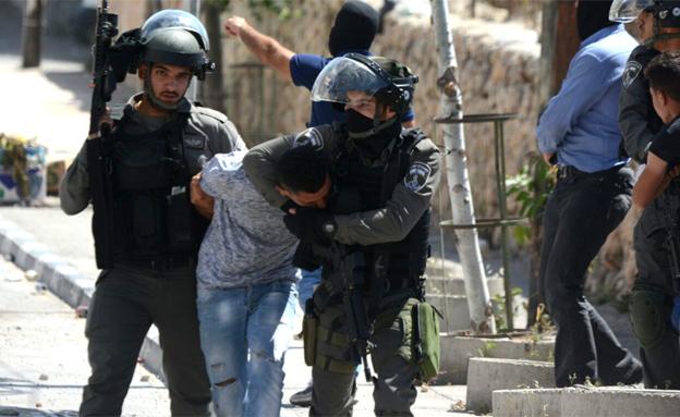 חמישה פלסטינים נעצרו
